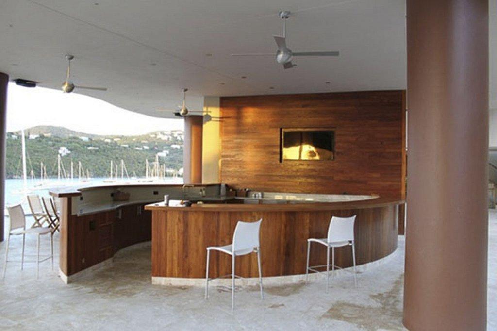Residence: Waterfront